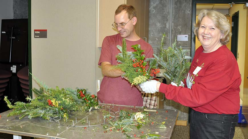 wreath assembly table