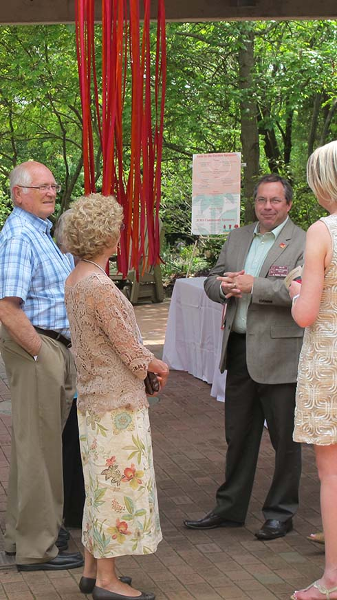 director greets Gala guests