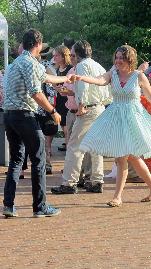 Gala guests dance
