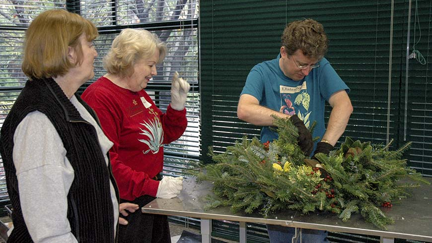 participants assembling a wreath
