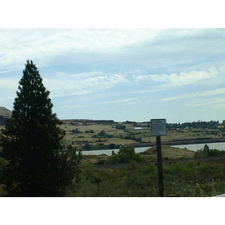 Hood River (near)